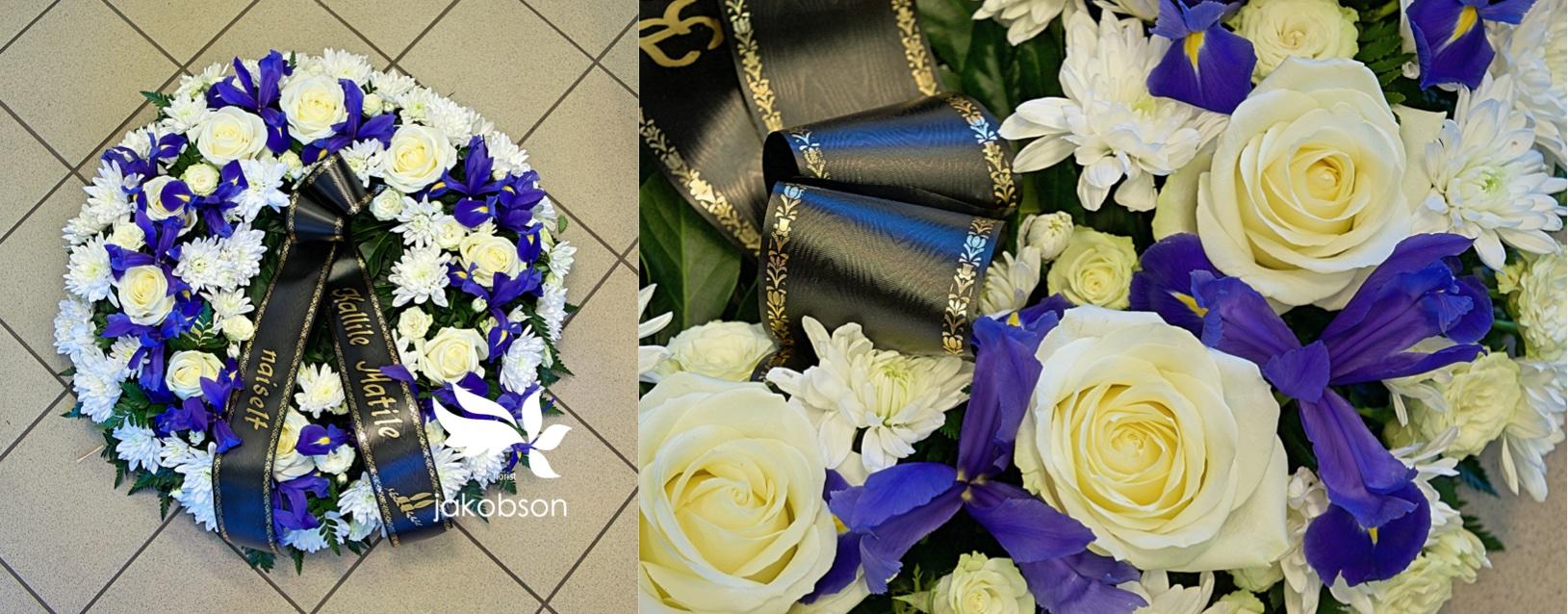 Похоронный венок - Полный цветов венок.